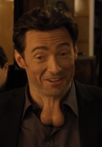 Hugh Jackman in compagnia di due degli sceneggiatori di questo film