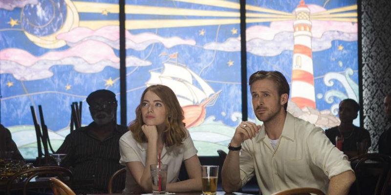 Ryan Goslin e Emma Stone in una scena dLa La Land