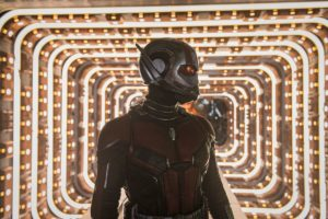 Per quanto sembri psichedelico, Ant-Man in questo sequel combina ancora più guai!