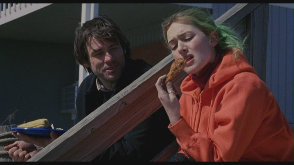 Una scena del film Eternal Sunshine of the spotless mind