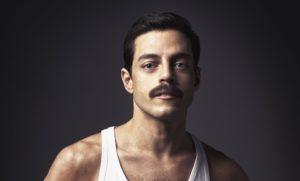 Rami Malek ci mette l'anima e diventa Freddie Mercury