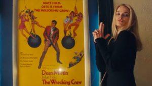 Margot Robbie impiega senza sforzo il suo fascino per far rivivere Sharon Tate