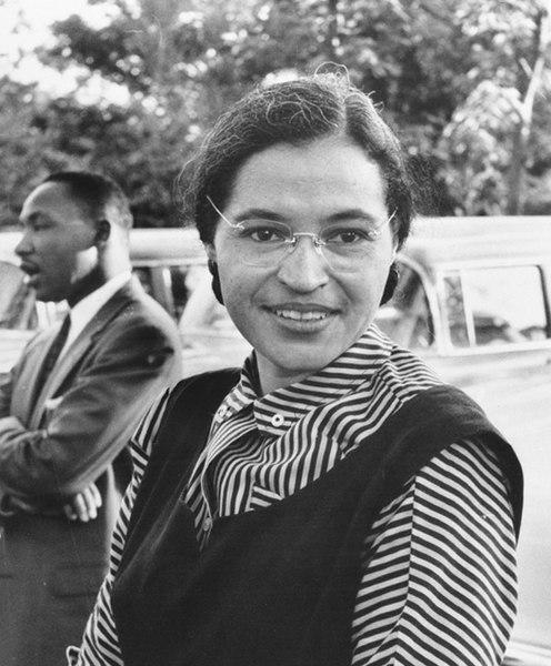 Rosa Parks nella sua lotta contro i muri del razzismo