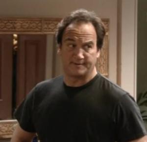 Jim Belushi interpreta quello che secondo noi è uno dei migliori padri nelle serie tv