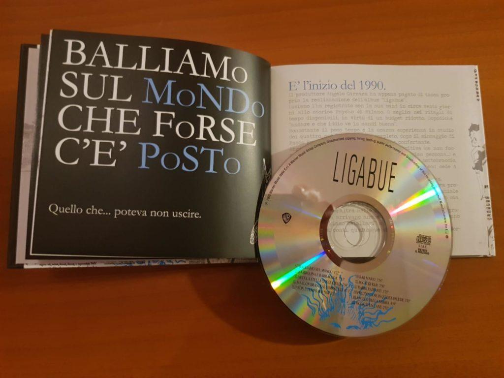 Ligabue è il titolo del primo album di Luciano Libabue uscito nel 1990. Balliamo sul mondo è la prima canzone di questo lavoro d'esordio dell'artista.