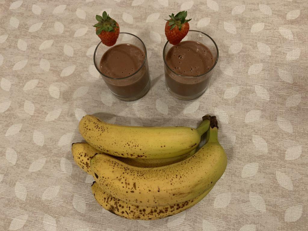 ricette con banane mature: la nostra prima ricetta è il gelato con banane!