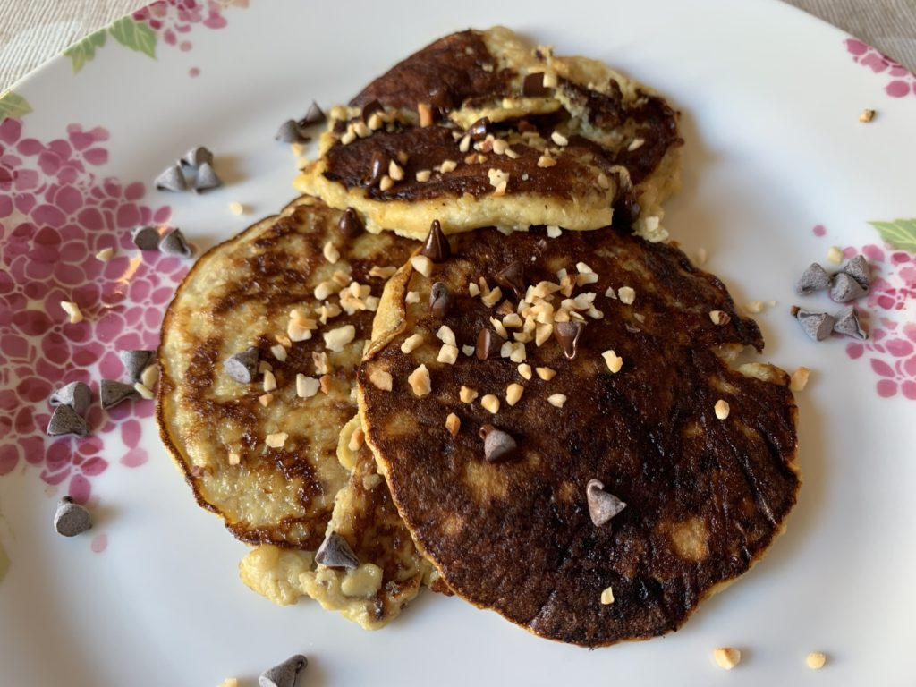 Ricette con banane mature: oggi abbiamo preparato i pancake con banane e uova!