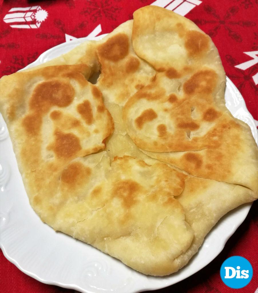Primo appuntamento con la cucina indiana: il Cheese Naan