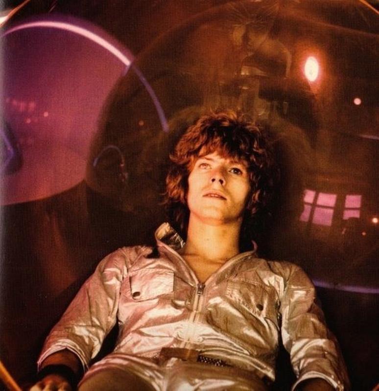 Space Oddity – La Stranezza Spaziale del Maggiore Tom