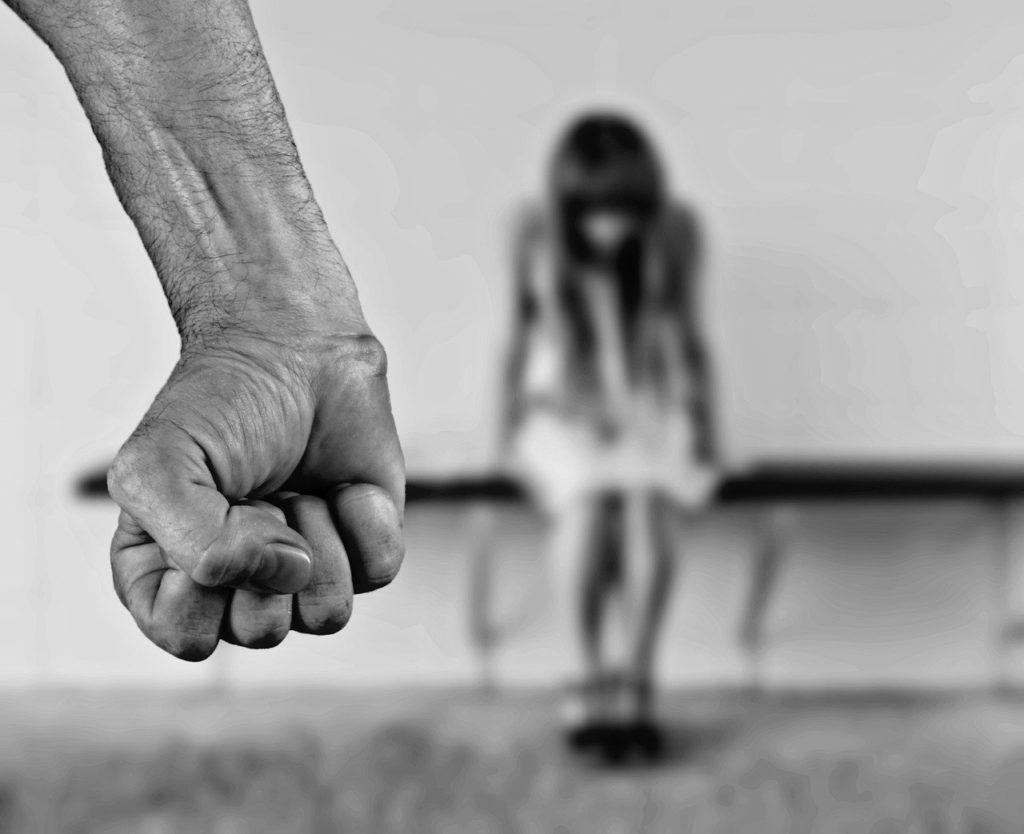 """Dissociazione: come la mente """"sopravvive"""" al trauma"""