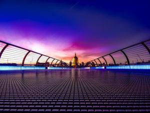 Expat - Regno Unito : Millenium Bridge a Londra