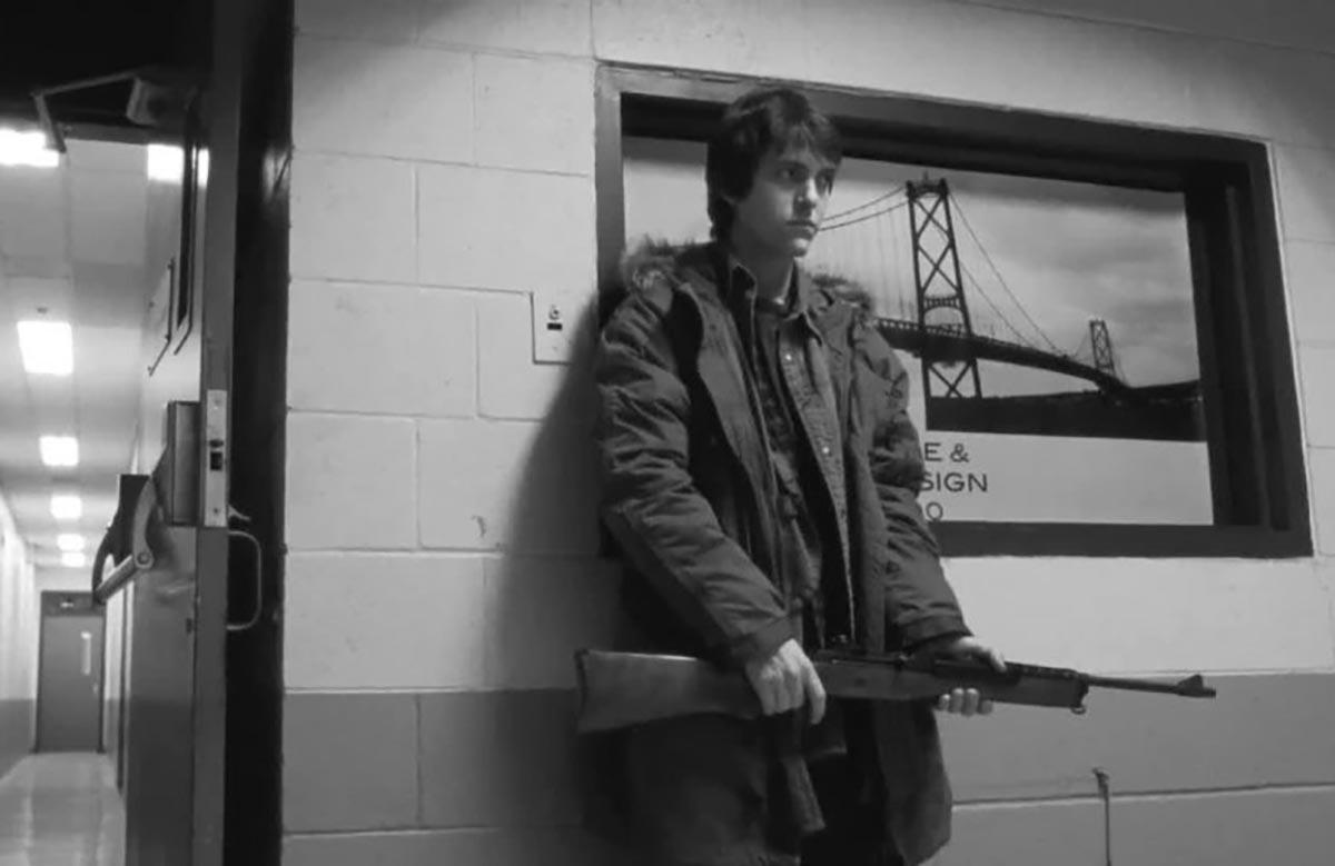 Una scena del film Polytechnique (2009) di Denis Villeneuve, che racconta la strage del Politecnico di Montréal del 1989