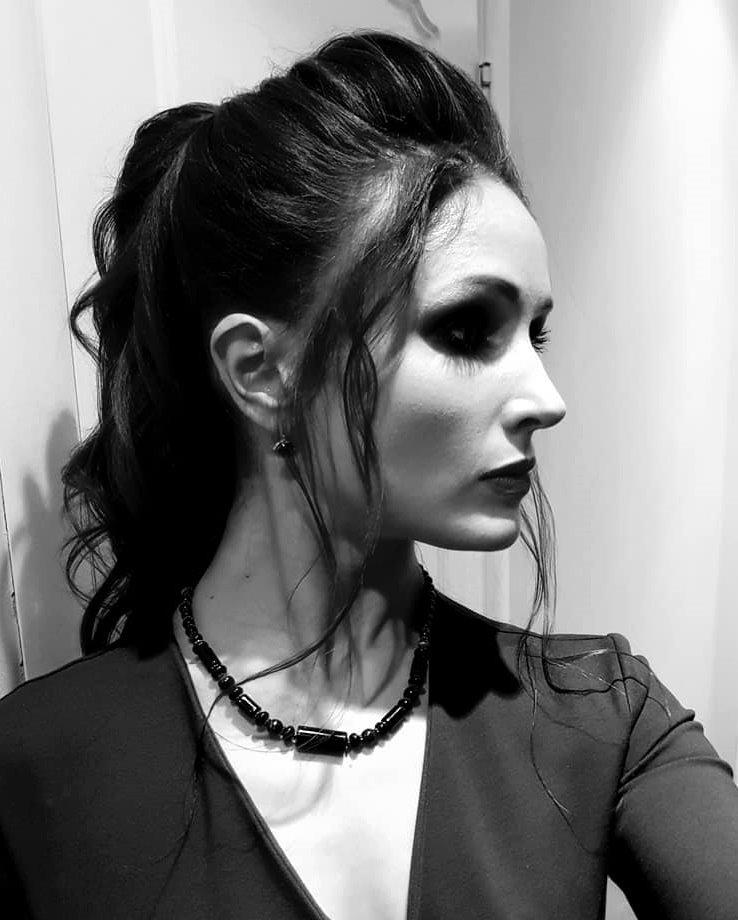 La modella non professionista Maria Andrianova, in un selfie